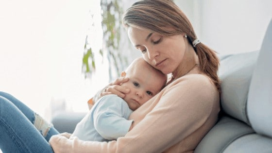 bevalling volgens boekje- negatief gevoel - moeder en baby