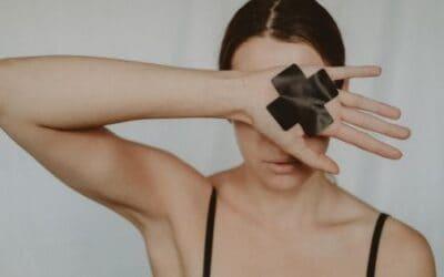Een bevallingstrauma zit niet alleen tussen je oren, maar vooral ook in je lijf